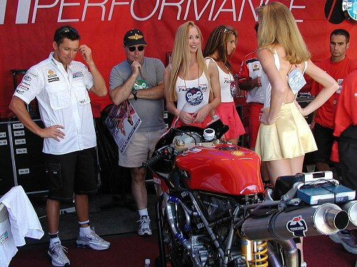 Troy Bayliss Ducati 998
