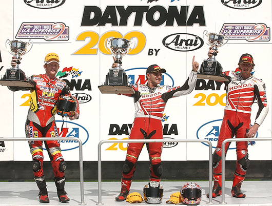 2003 Dayona 200 podium photo