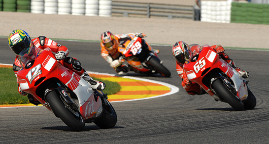 Troy Bayliss, Loris Capirossi, Nicky hayden, Valencia MotoGP race photo
