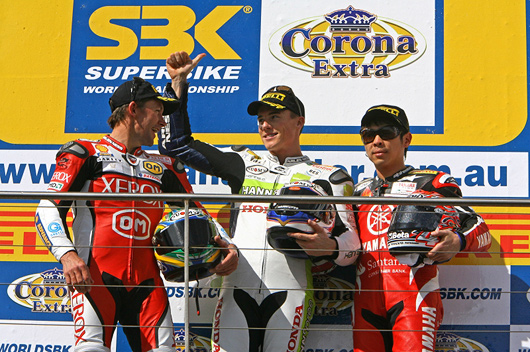 Toseland, bayliss, haga on podium Phillip Island