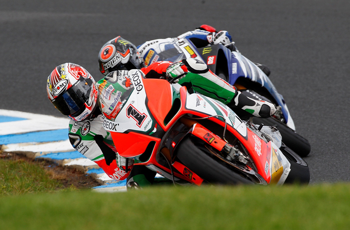 Max Biaggi, Marco Mlandri, Phillip Island World Superbike 2011 photo