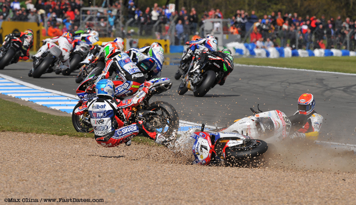 carlos Checa crash Donnington