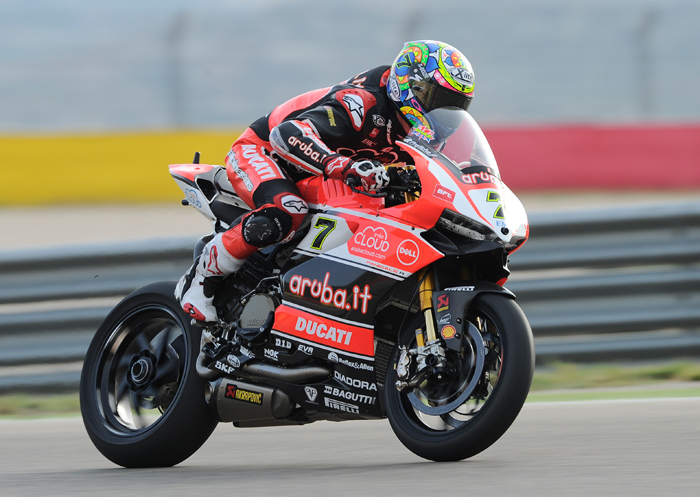 Chaz Davies action Aragon World Superbike photo