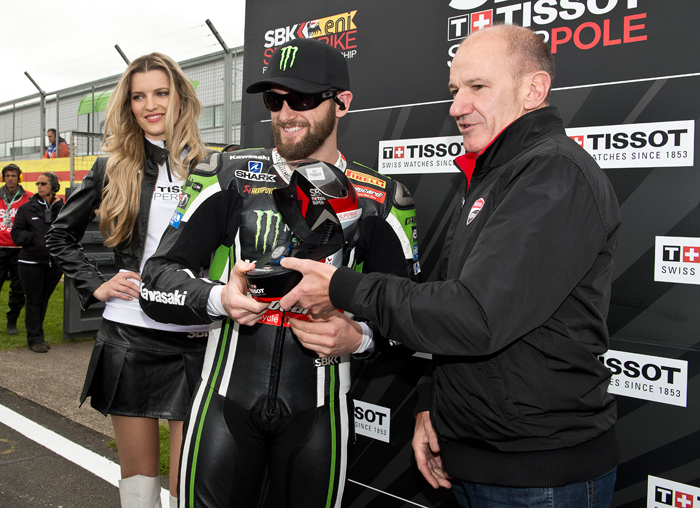 Tom Sykes Superpole photo Donington SBK World Superbike 2015