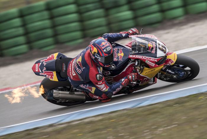 Stephan Bradl action photo world superbike Honda Imola