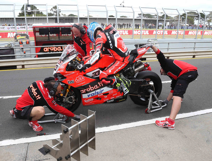 World Superbike pit sttop Phillip island